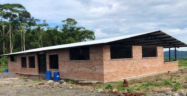 Ecuador Jungle Bible School Construction Trip - Builders International
